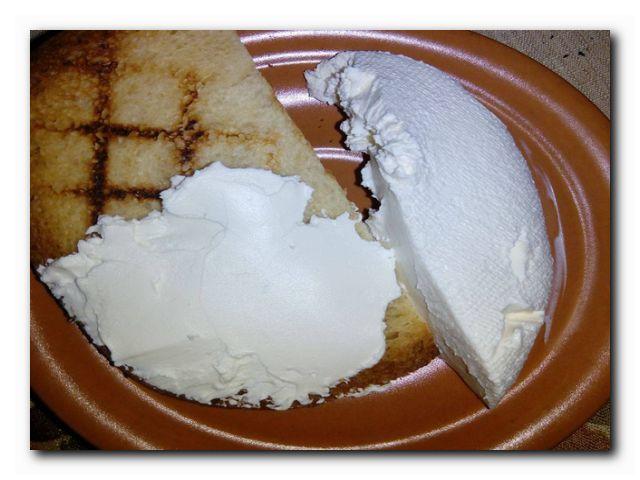 домашний мягкий сыр к завтраку