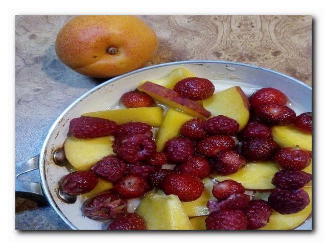 бутерброд с фруктами